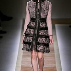 Foto 3 de 23 de la galería valentino-otono-invierno-20112012-en-la-semana-de-la-moda-de-paris-la-moda-esta-triste en Trendencias
