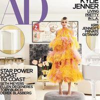 Kylie Jenner muestra su casa en la revista AD y el público enloquece con su armario