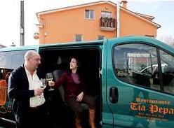 Un restaurante gallego lleva a los clientes a casa