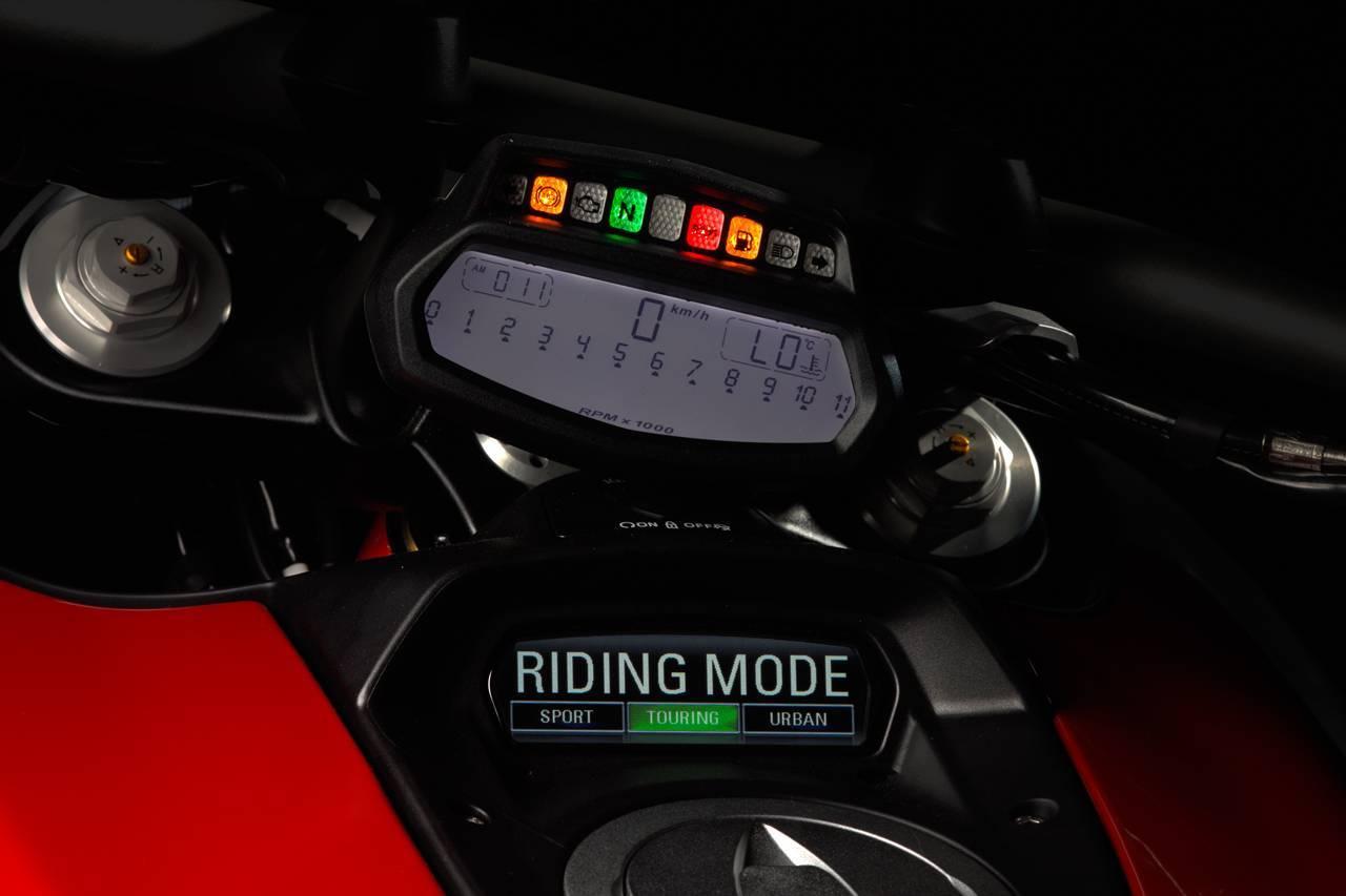 Foto de Ducati Diavel: Conclusiones y caractarísticas (23/43)