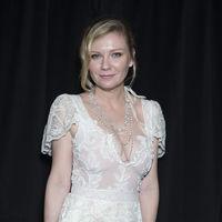 Kirsten Dunst reutiliza en París un vestido 13 años después de lucirlo en los Oscars (y nos encanta)
