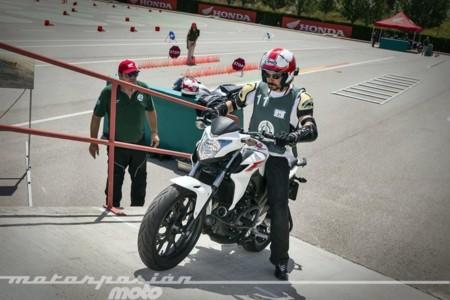 La V edición del concurso El Motorista del Año de Honda, en busca del policía más seguro