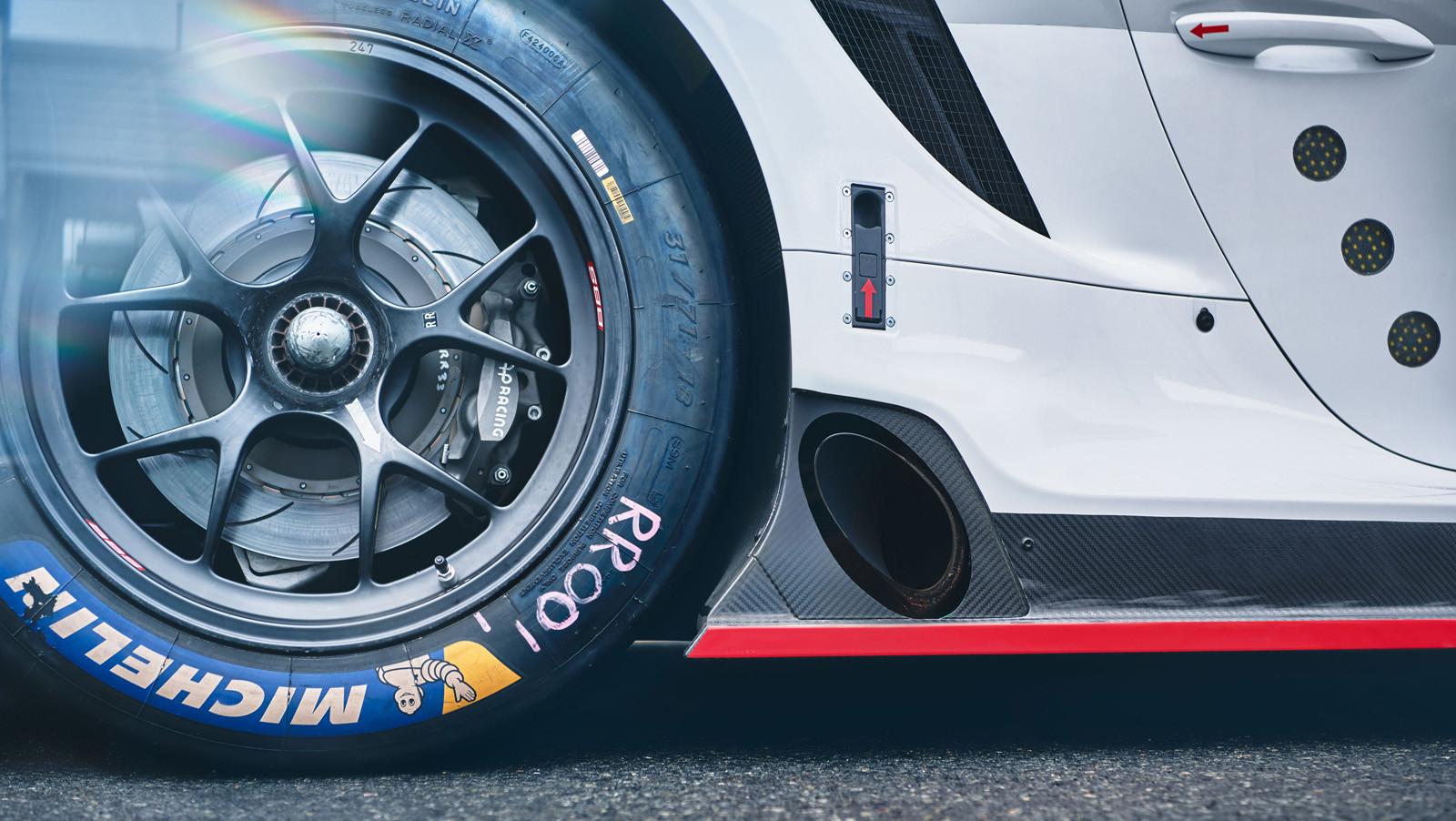 Foto de Porsche 911 RSR GTE 2019 (12/41)
