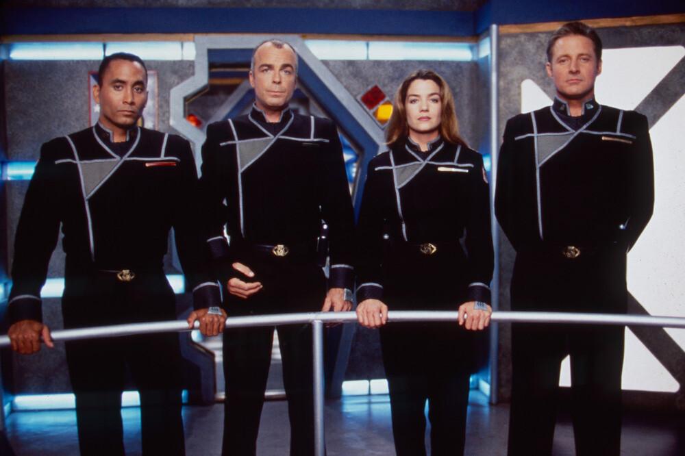 'Babylon 5' vuelve: en marcha un reboot de la mítica serie de ciencia ficción de la mano de su creador