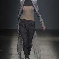 Foto 7 de 17 de la galería gareth-pugh-primavera-verano-2010-en-la-semana-de-la-moda-de-paris en Trendencias