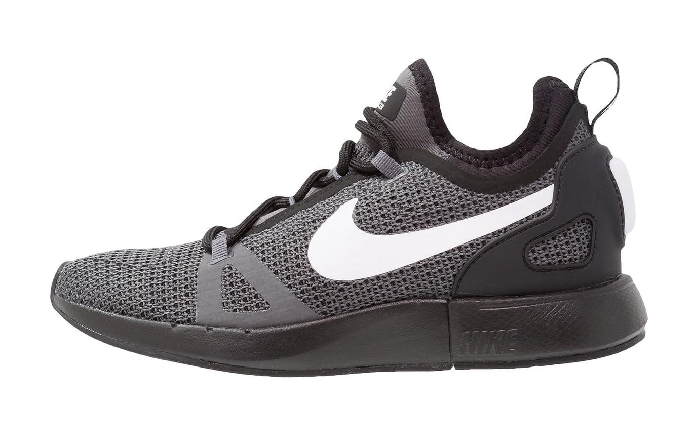 50% de descuento en las zapatillas de running Nike Duel