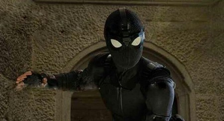 La primera imagen de 'Spider-Man: Lejos de casa' nos muestra el nuevo traje de Peter Parker