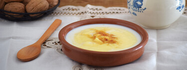 Papas de millo o papillas de maíz, receta tradicional y muy humilde de la cocina gallega para el desayuno o la merienda