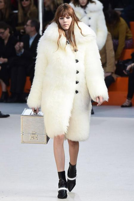 Louis Vuitton Pasarela 227737085 683x