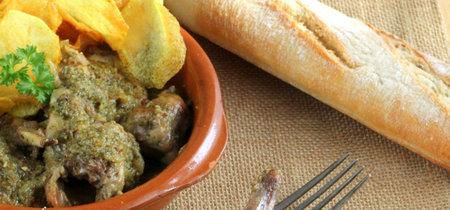 Conejo en salsa verde. Receta tradicional