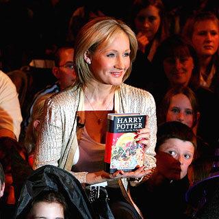 El libro que incluye una precuela de Harry Potter bate récords de ventas