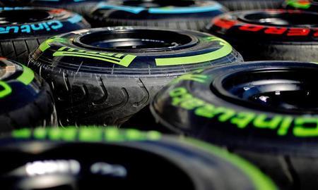 Pirelli quiere seguir en la Fórmula 1, pero sin competencia