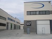 Furgoneta gratis al comprar una nave industrial en Madrid