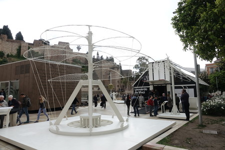 La exposición que homenajea a Leonardo Da Vinci empieza en Málaga: Observa, cuestiona, experimenta