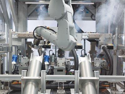 Apple tiene un nuevo robot, se llama 'Daisy' y su trabajo es destruir 200 iPhone por hora