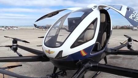 """Así es el nuevo """"megadron"""" autónomo de la Policía Nacional: un regalo desde China que pesa 600 kg y alcanza los 130 km/h"""