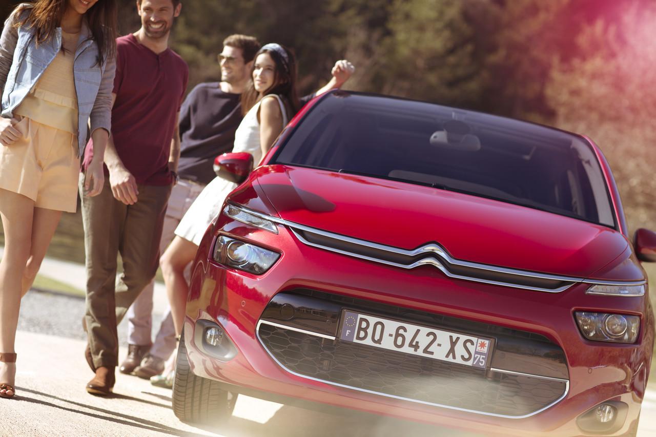 Foto de Citroën C4 Picasso y Grand C4 Picasso (25/152)