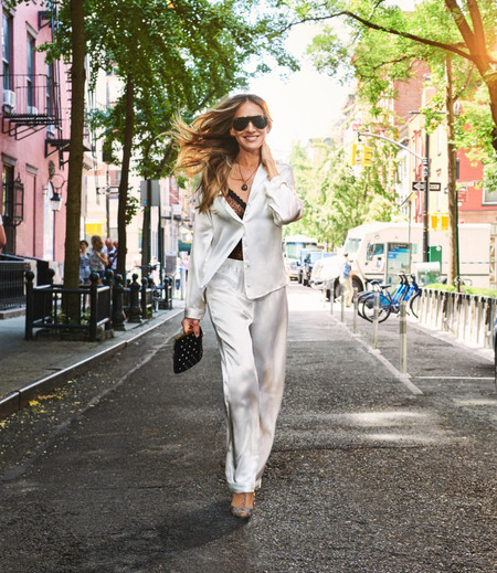 Sarah Jessica Parker sigue siendo la reina del street style de Manhattan: cuatro looks inspirados en el estilo de la actriz