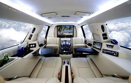 La limousine Cadillac Escalade