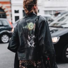 Foto 7 de 10 de la galería chaqueta-con-espalda-escrita en Trendencias