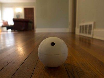 No es el nuevo androide de Star Wars pero SensorSphere se moverá por tu casa para vigilarla