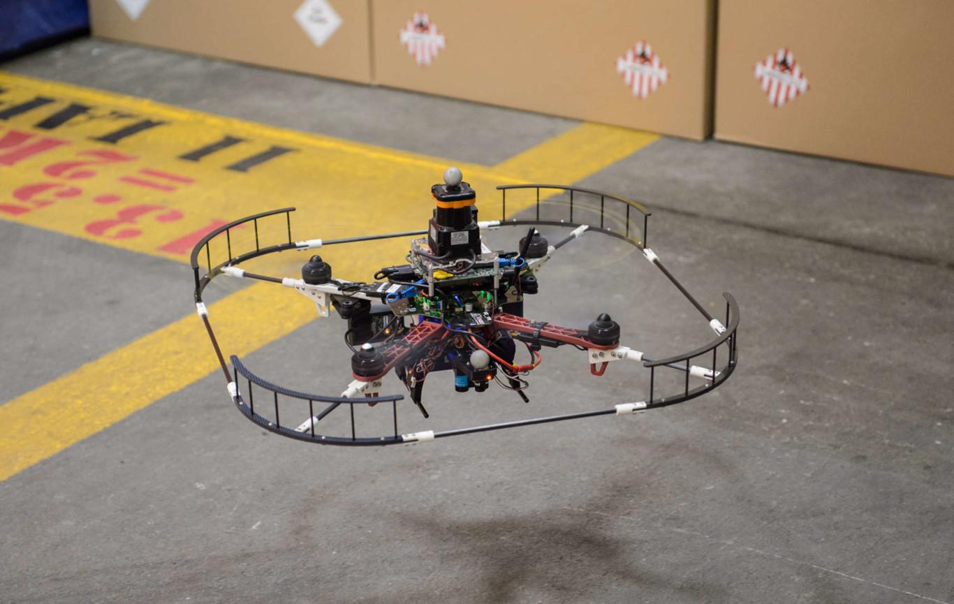 Un drone veloz no es suficiente, ahora son autónomos e identifican obstáculos