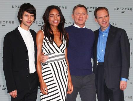 Ben Whishaw, Naomie Harris, Daniel Craig y Ralph Fiennes