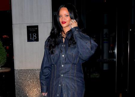 Rihanna tiene un estilo único y su último estilismo así nos lo confirma