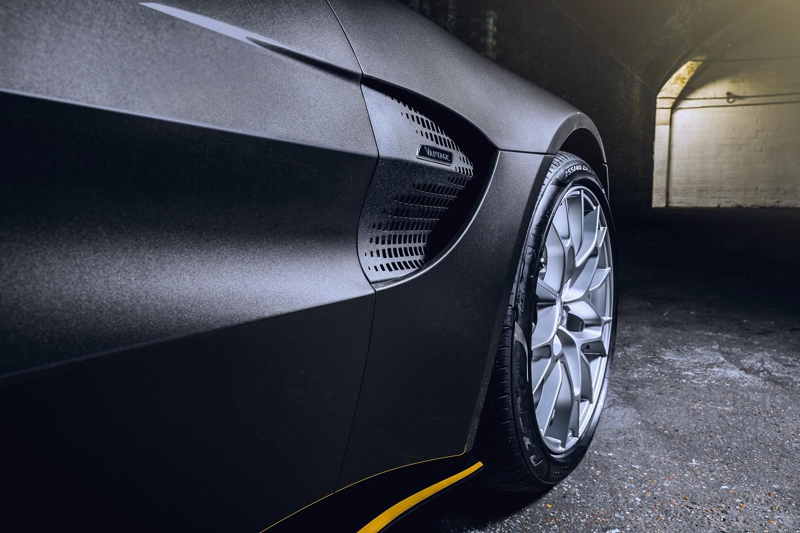 Foto de Aston Martin Vantage y DBS Superleggera 007 Edition (7/39)