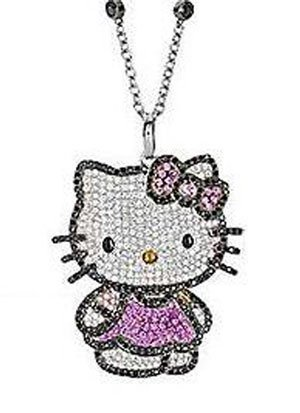 Glam Kitty, un colgante de Hello Kitty con pavé de diamantes y zafiros rosas