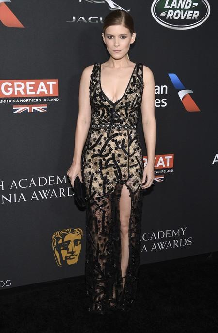 kate mara batfa britannia awards red carpet look estilismo outfit alfombra roja