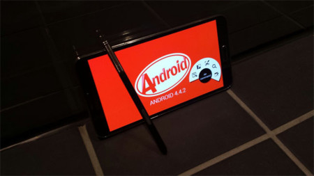 Samsung Galaxy Note 3 recibe al fin Android 4.4.2 (KitKat) en España