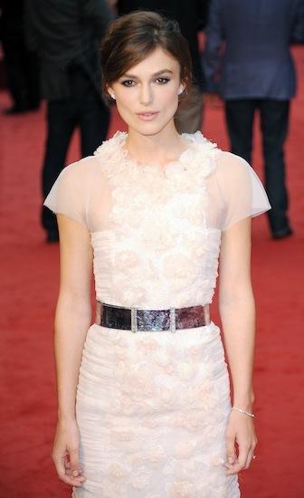 Keira Knightley y Laura Bailey coinciden en peinado y diseñador en la alfombra roja