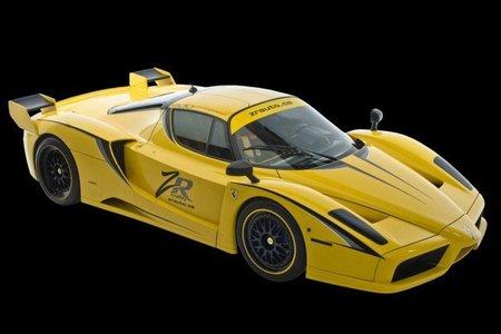 Dolorpasión™: ¡Ferrari Enzo al agua!