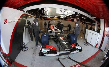 Kamui Kobayashi marca el mejor tiempo de la semana en la última mañana de las pruebas en Barcelona