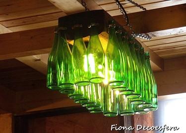 Hemos visto... una lámpara hecha con botellas de sidra