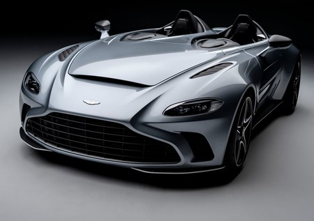 Aston Martin V12 Speedster, emoción al aire libre con toques muy nostálgicos