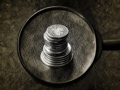Las cifras de los costes ocultos para la economía causados por el via crucis electoral