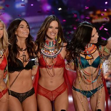 Victoria's Secret de nuevo en el centro de la polémica: denunciada por despedir a una empleada debido a su peso