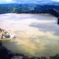 El lago que explotó y mató a 1.700 personas