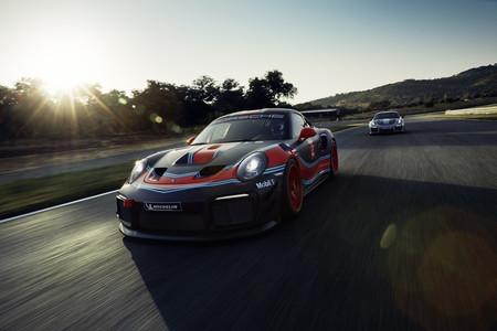 Porsche 911 GT2 RS Clubsport: la bestia de los 911 ya tiene su versión de carreras, también de 700 CV