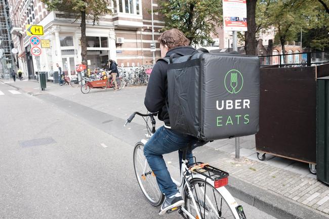 UberEATS vuelve a España: estas son sus armas y lo que necesita para competir con Just Eat y Deliveroo