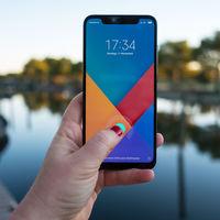 Xiaomi Mi 9: el próximo insignia chino llegaría el próximo mes con tres cámaras y sensor de huellas en pantalla