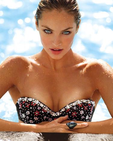 Los ángeles de Victoria's Secret nos invitan a su particular paraíso (traeros bañador)