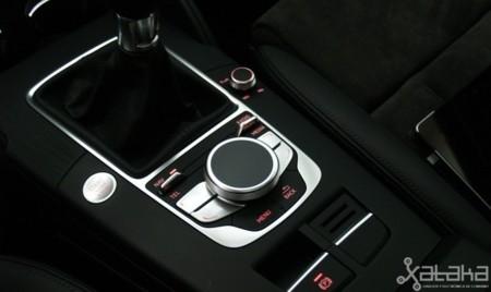 Mando Audi Connect