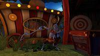 'Sly Cooper: Thieves in Time' de PS Vita en movimiento anunciando sus características principales
