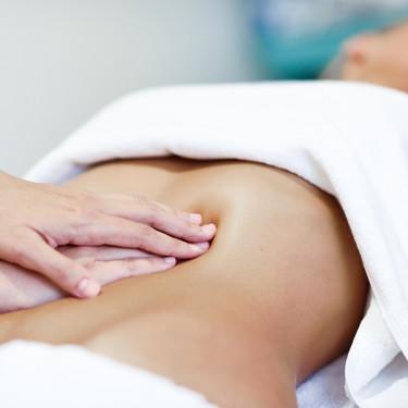 Diástasis abdominal o de rectos: qué es y por qué se produce