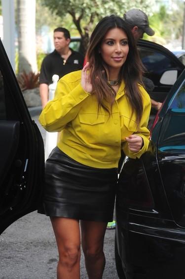 Kim Kardashian se autonombra la peor vestida... y lleva más razón que un santo la mujer