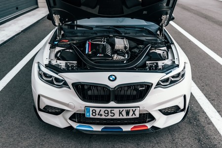 BMW M2 Competition M Performance motor