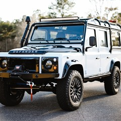 land-rover-defender-old-fuji-white-by-osprey